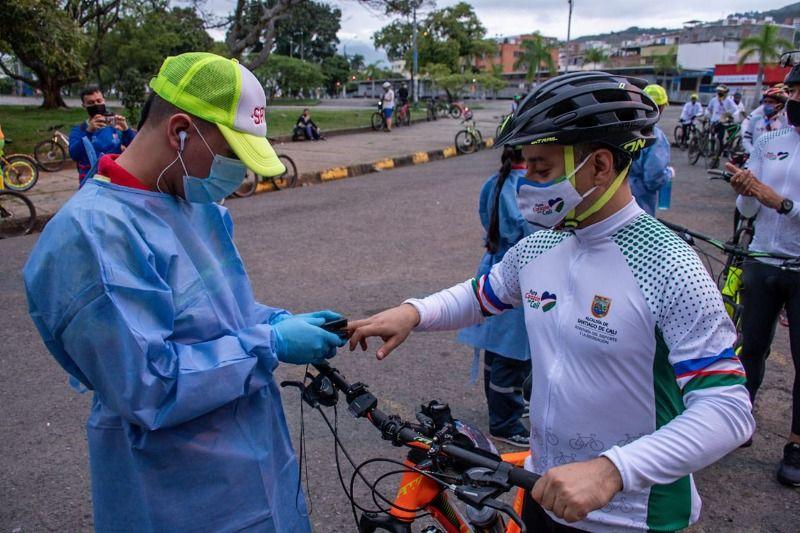 """Ciclistas pedalearon en """"Cruzada  por la Vida y la Paz"""""""