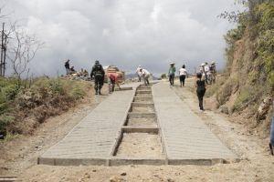 En Peñas Negras se entregaron 200 metros de vías renovadas